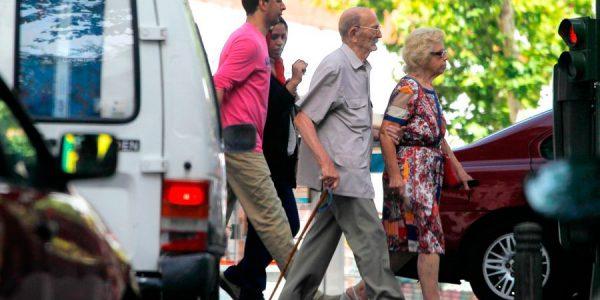 Conócete a ti mismo: los mayores como peatones y conductores