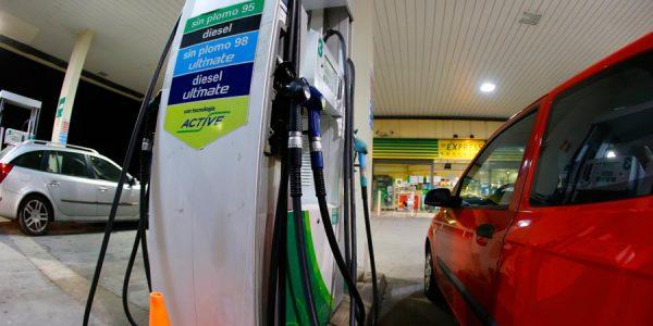 Si quieres ahorrar gasolina, evita estos errores