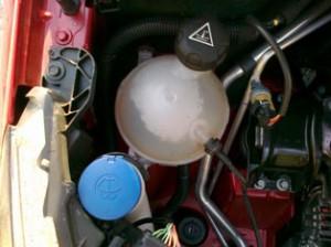 La falta de líquido refrigerante puede provocar que quemes el motor.