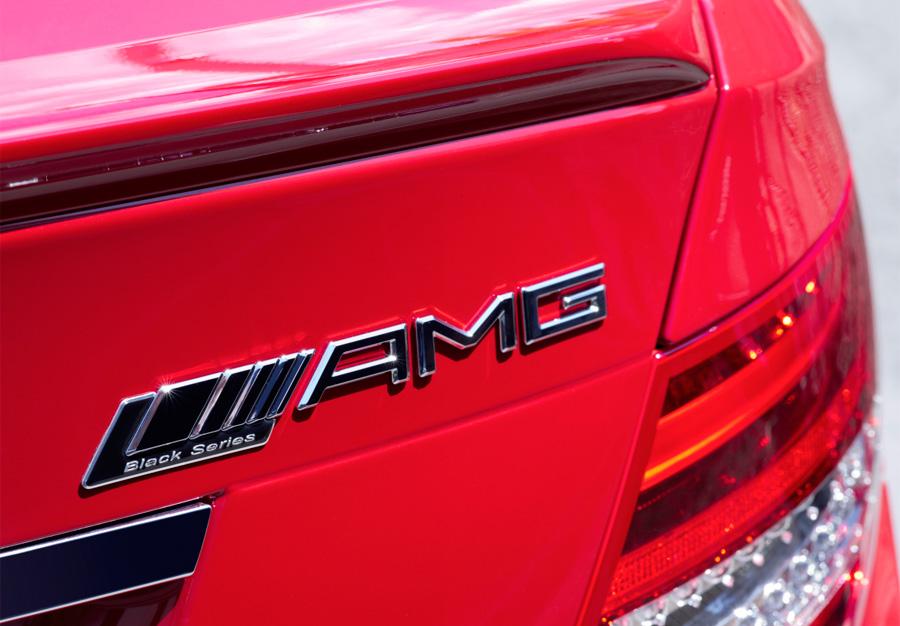 """El logo """"Black Series"""" está situado en la carrocería."""