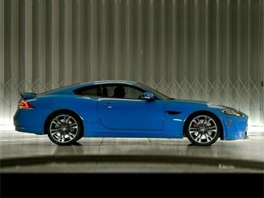 Jaguar XKR-S: así se comporta