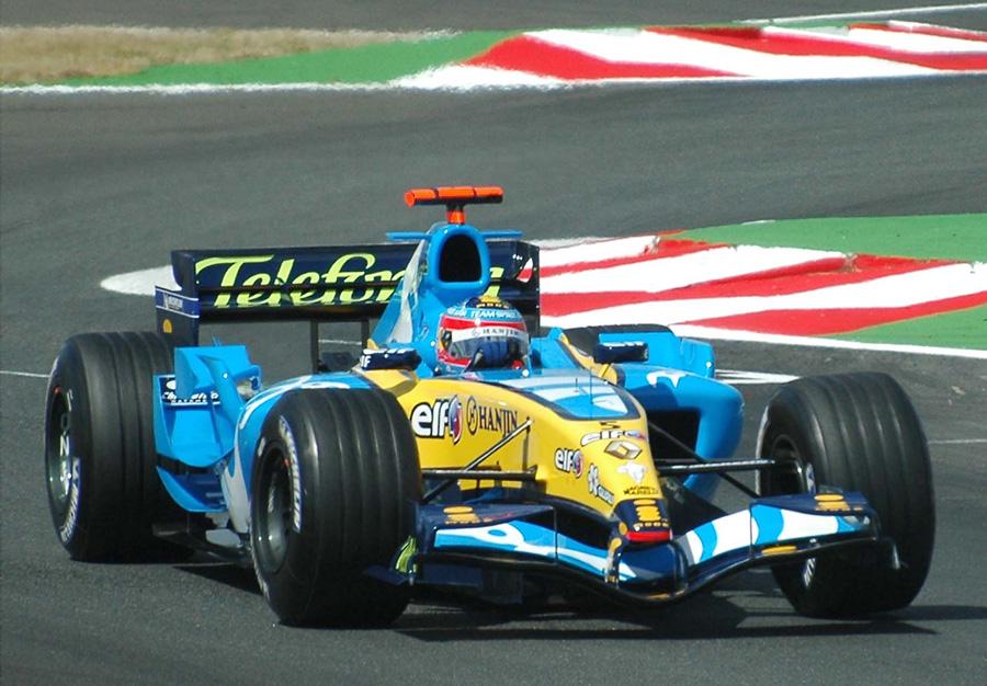 En temporada de Fórmula 1 podrás asistir a los Grandes Premios adquiriendo cupones con notables descuentos.