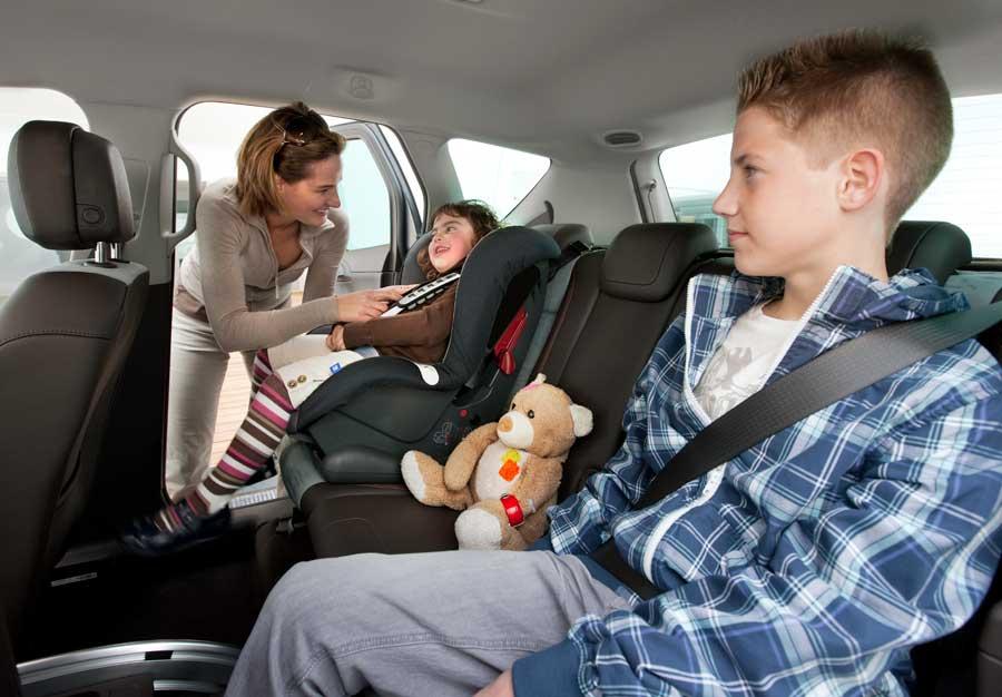 Un 42% de los conductores admite también que las distracciones por parte de los ocupantes del vehículo perjudican su atención.