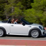 Lateral derecho del Mini Roadster en movimiento