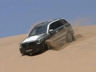 El Mercedes Clase M 2012… en el desierto
