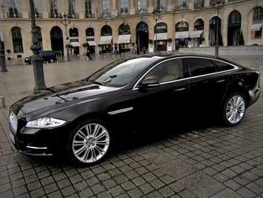 El Jaguar XJ, en París
