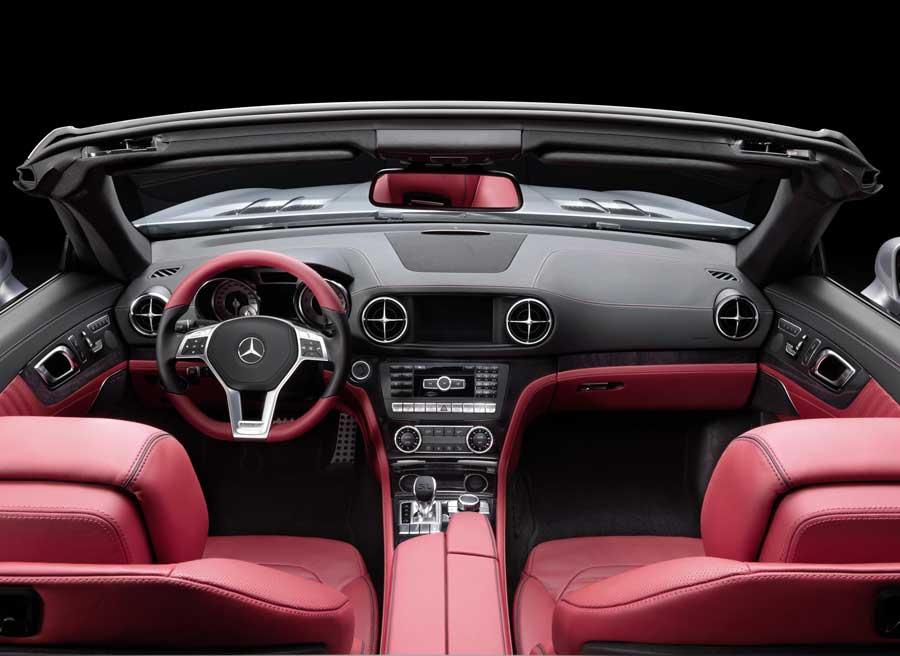 Así será el interior del nuevo Mercedes SL, que será presentado en el Salón de Detroit.
