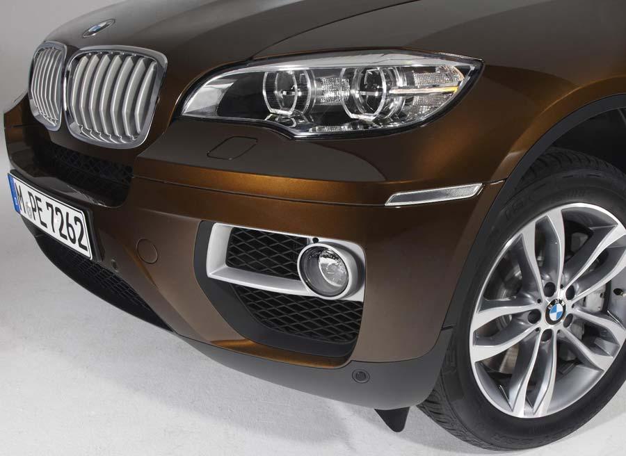 Los faros antiniebla son una de las principales novedades estéticas del BMW X6.