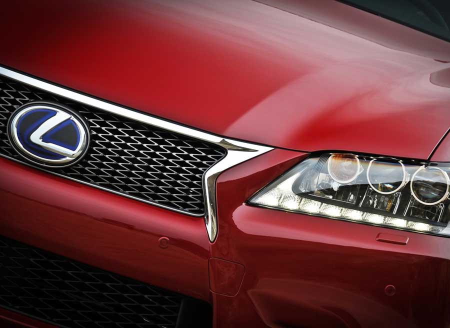 El Lexus GS 450h cuenta con lo último en tecnología de la marca japonesa y un completo equipamiento de serie.