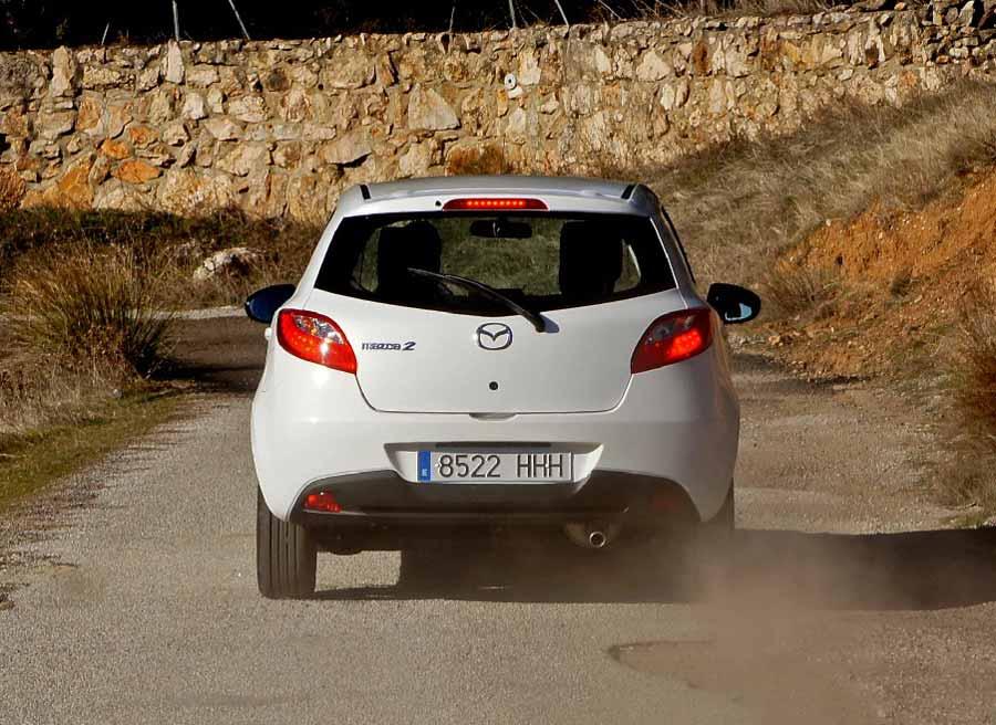 El tacto de los frenos del Mazda 2 es muy agradable, con una respuesta firme en cualquier circunstancia.