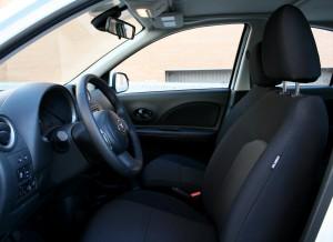 Es sencillo encontrar la postura adecuada al volante. Fotos: Raúl de San Antonio.