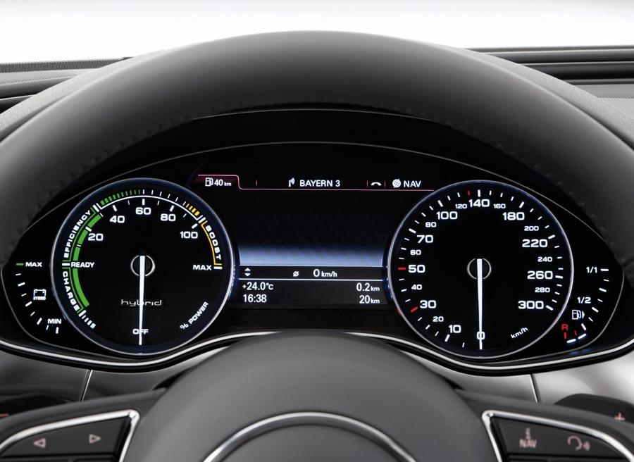 El Audi A6 Híbrido cuenta con un motor de gasolina de 211 CV y otro eléctrico de 54 CV.