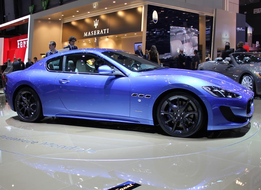 Bajo el capó del Maserati GranTurismo Sport encontramos un V8 de 4,7 litros con 460 CV de potencia.