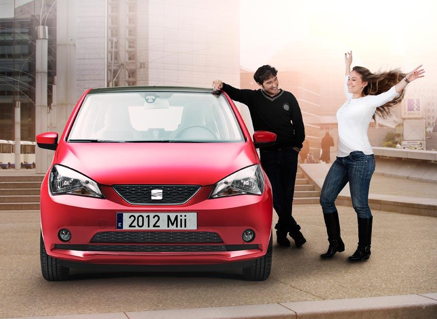 La estética frontal del Seat Mii adopta el lenguaje de diseño de los últimos modelos de la marca.
