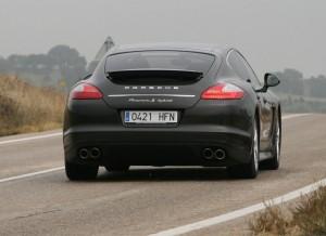 Porsche Panamera Hybrid S dinámica 1