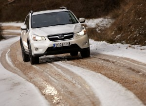 Subaru XV frontal, en la nieve
