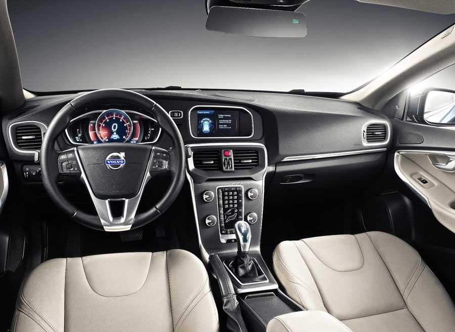 El diseño interior del nuevo V40 sigue las directrices marcadas por Volvo en sus últimos modelos.