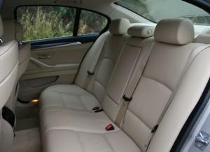 BMW Serie 5 520d, asientos traseros