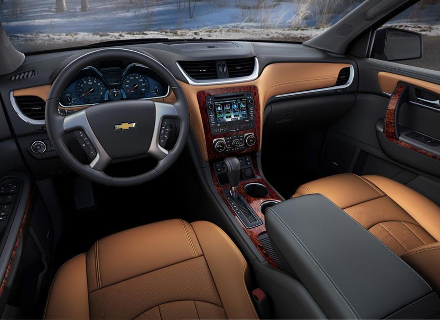Mejores materiales en el interior del nuevo Chevrolet Traverse.