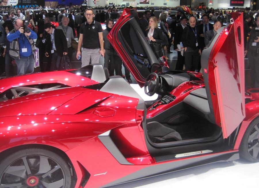 Lamborghini Aventador J, sin duda una de las estrellas del Salón de Ginebra.