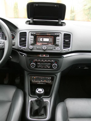 Seat Alhambra 2.0 TDI Ecomotive Style, detalle consola central