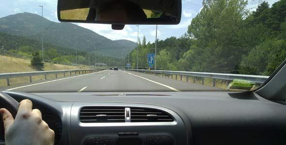 6 trucos para conducir en autopista