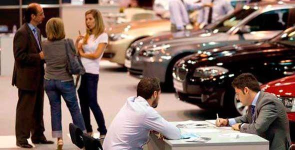 ¿Comprar un coche? Las mujeres son más inteligentes