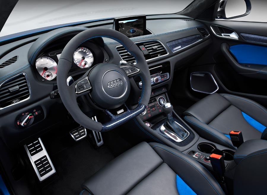 El interior del Audi RS Q3 tiene un marcado carácter deportivo.