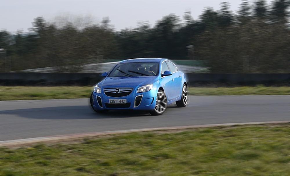 Prueba Opel Insignia OPC, A Pastoriza, Rubén Fidalgo
