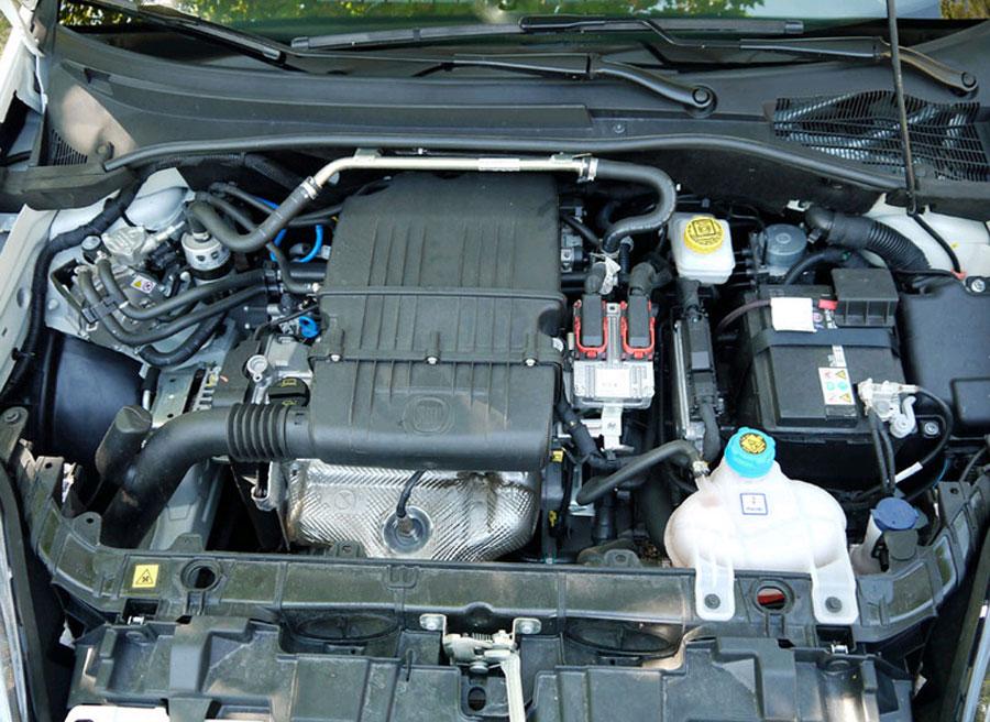 Motor del Fiat Punto GLP Bi Fuel