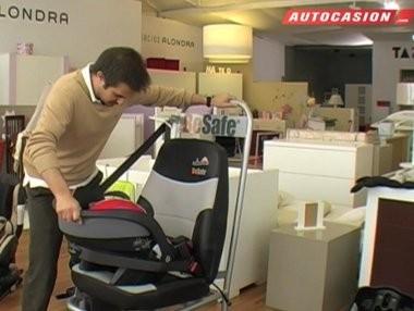 Cómo colocar sillitas infantiles con el cinturón de seguridad