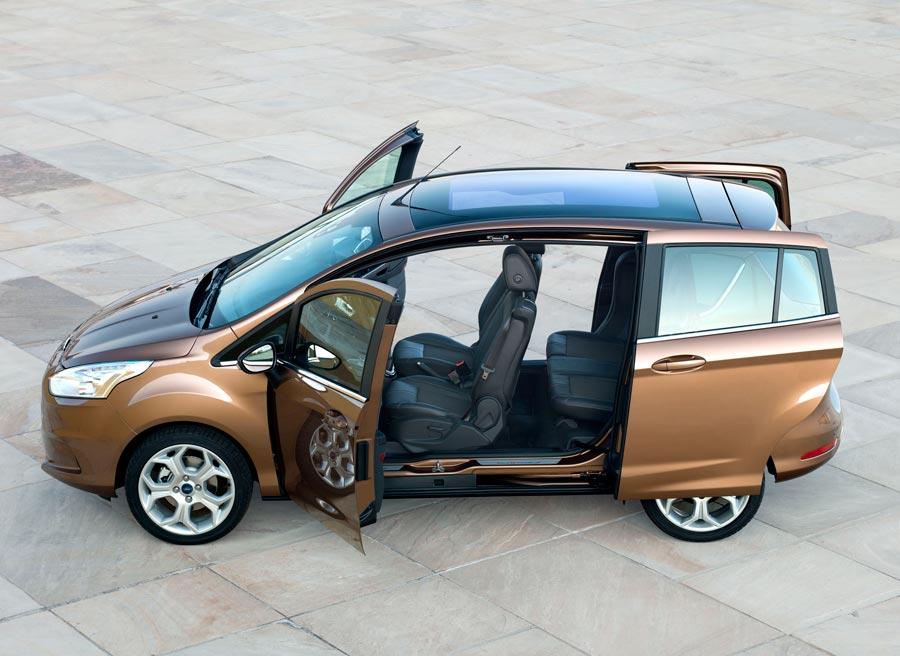 La ausencia de pilar B es una de las características más destacadas del nuevo Ford B-Max.