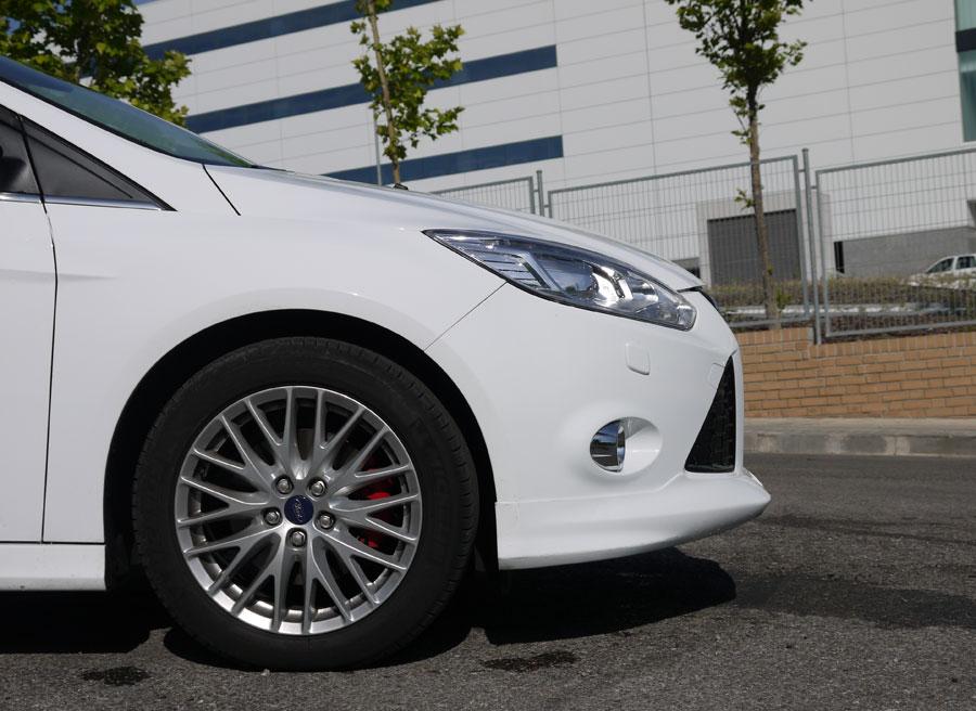 Ford Focus Ecoboost 1.6 180 CV Sport, Faldón delantero, Rubén Fidalgo