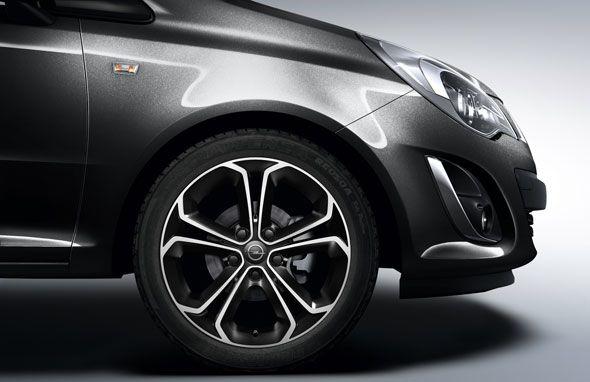 Nuevos Opel Corsa 1.4 turbo ecoFLEX All Black y All White