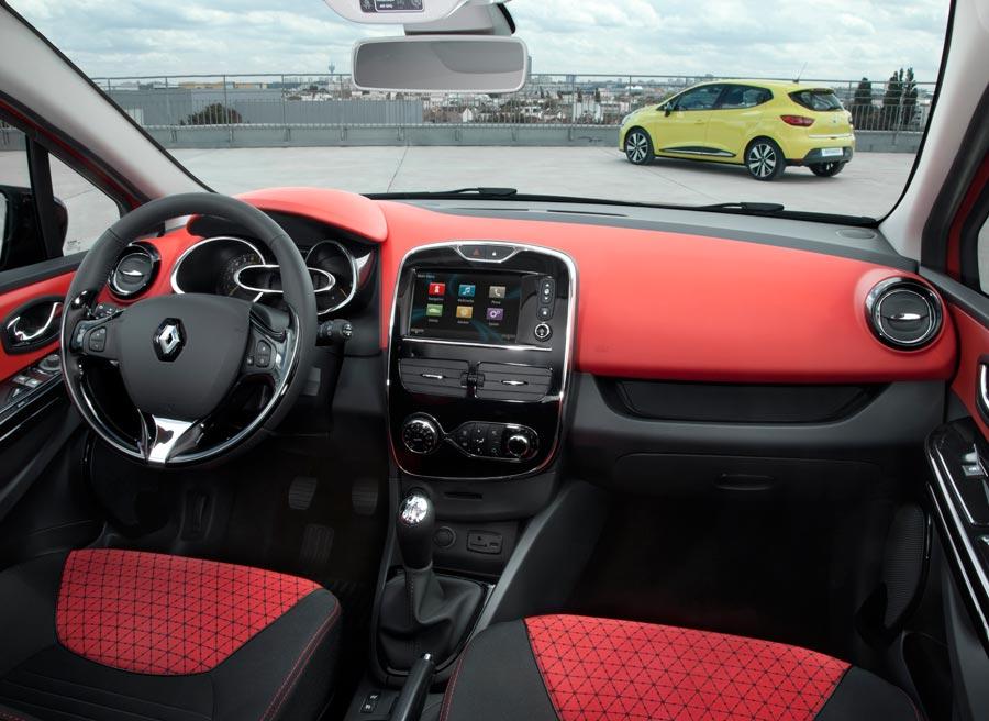 El interior del nuevo Clio presenta una imagen más fresca y actual.
