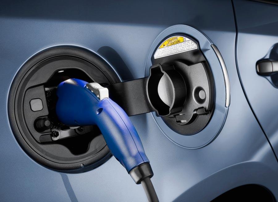 El problema del Prius Plug In en España es un país que aún no está preparado para este tipo de tecnología.