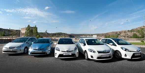 Toda la gama híbrida de Toyota, a prueba