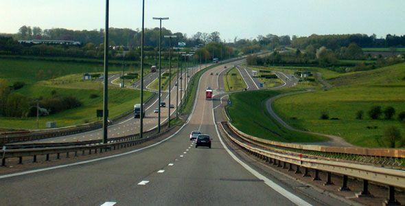 Las diez normas más curiosas en las carreteras europeas