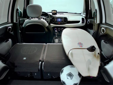 Fiat 500L: interior