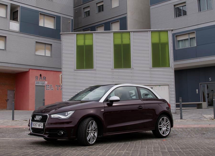 El Audi A1 S Line es el urbano perfecto para aquellos que no les importe invertir algo más de dinero por tener un coche más exclusivo. Foto: Jordi Villanueva.