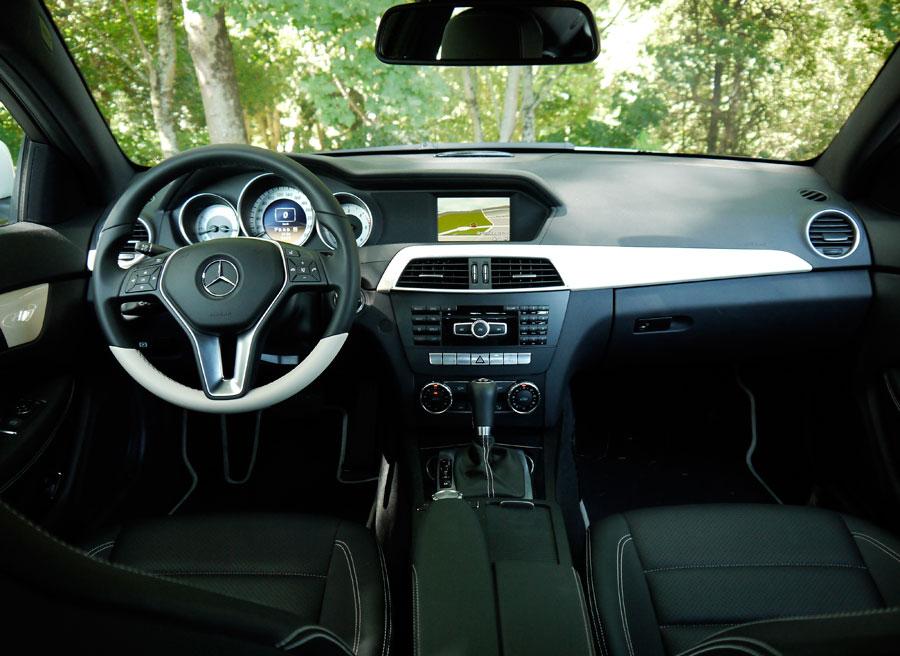 Mercedes C Coupé 220 CDi, interior, Rubén Fidalgo