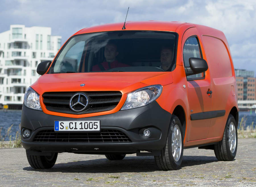 Tres motores diésel y uno de gasolina conforman la oferta mecánica de la Mercedes Citan.