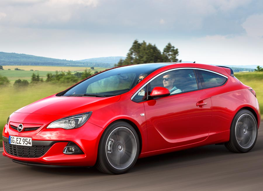 El motor BiTurbo de Opel tiene 195 CV y gasta menos de 5 litros a los 100 km.