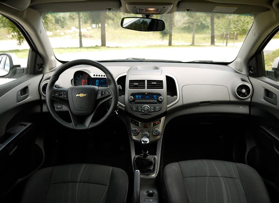 Chevrolet Aveo 5p 1.2 LT, interior, Rubén Fidalgo