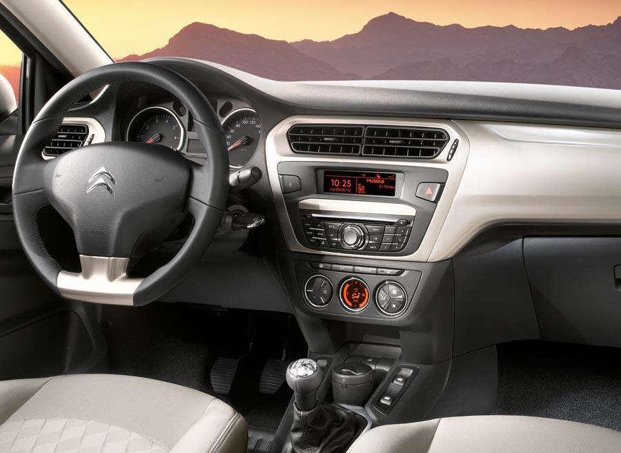 Citroën ha desvelado la primera foto del interior del nuevo C-Elysee.