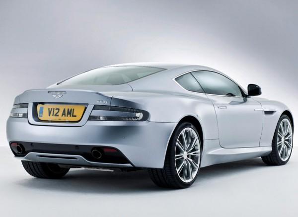 El DB9 mantiene la esencia de los modelos de Aston Martin.