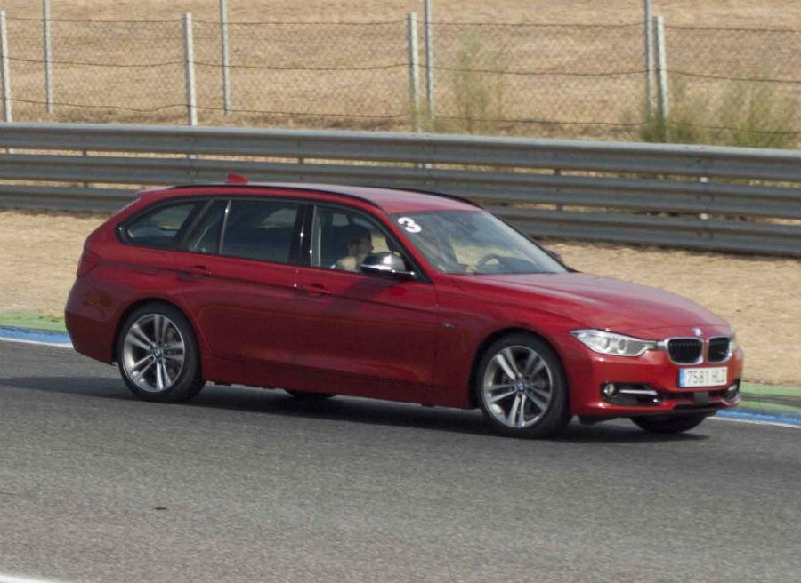 A pesar de no ser su hábitat natural, el Serie 3 Touring de BMW se comportó de maravilla en el circuito.