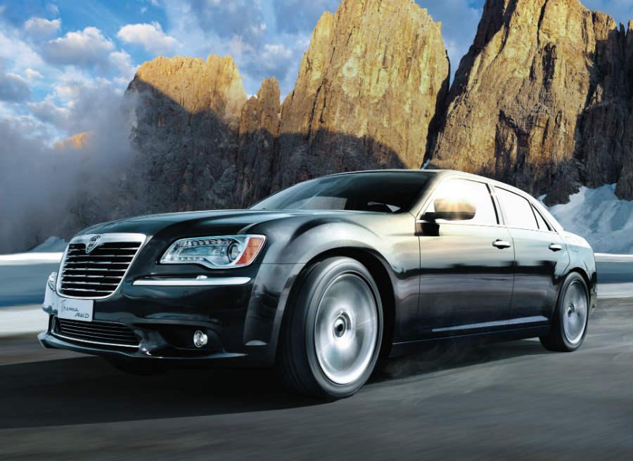 Lancia Thema, la berlina de lujo de la marca, estará en París.