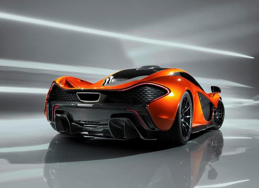 La zaga del McLaren P1 es probablemente la parte más espectacular del coche.