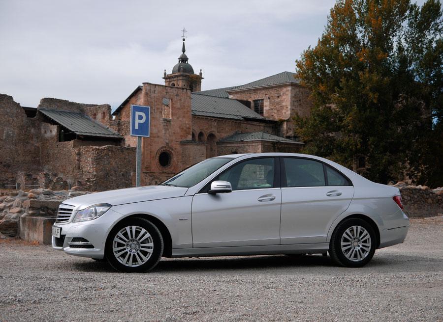 Mercedes C 220 CDi Elegance, Monasterio de Carracedelo, Rubén Fidalgo.